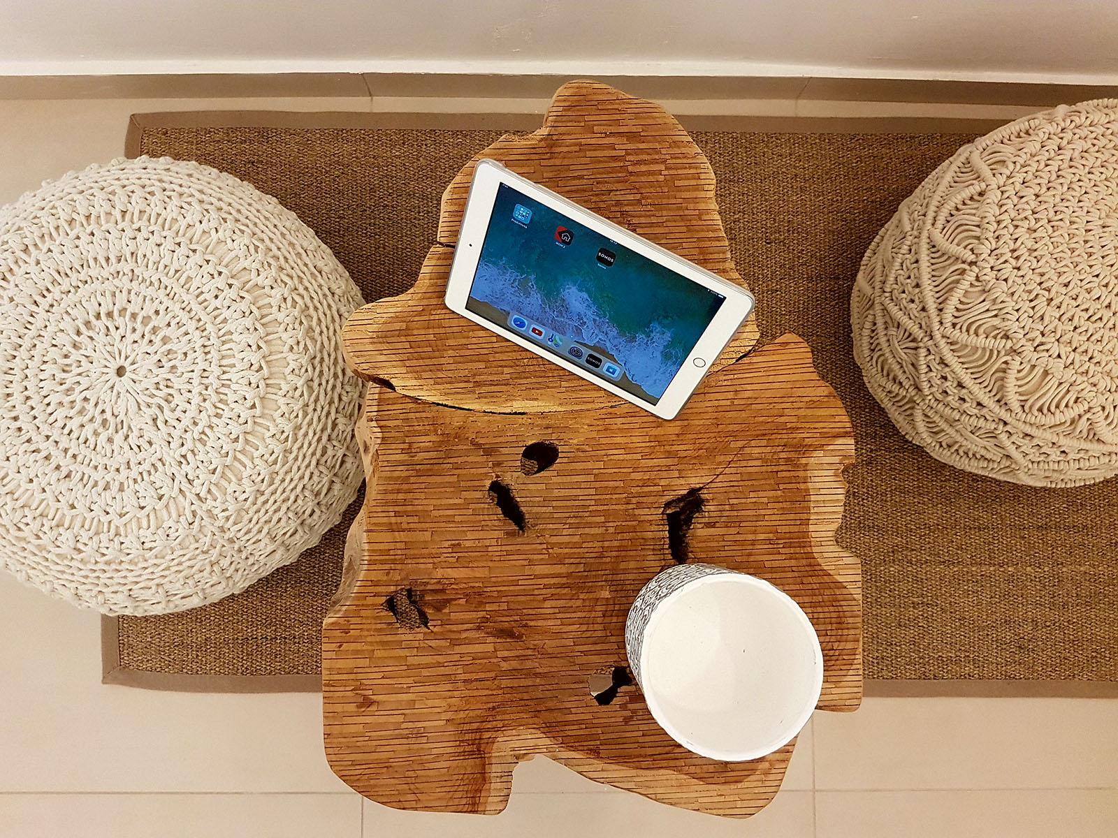 Impianto domotico Konnex per un Bed and Breakfast ad Agropoli in provincia di Salerno. La domotica knx nel B&B Break For Two è stata realizzata con prodotti Ekinex