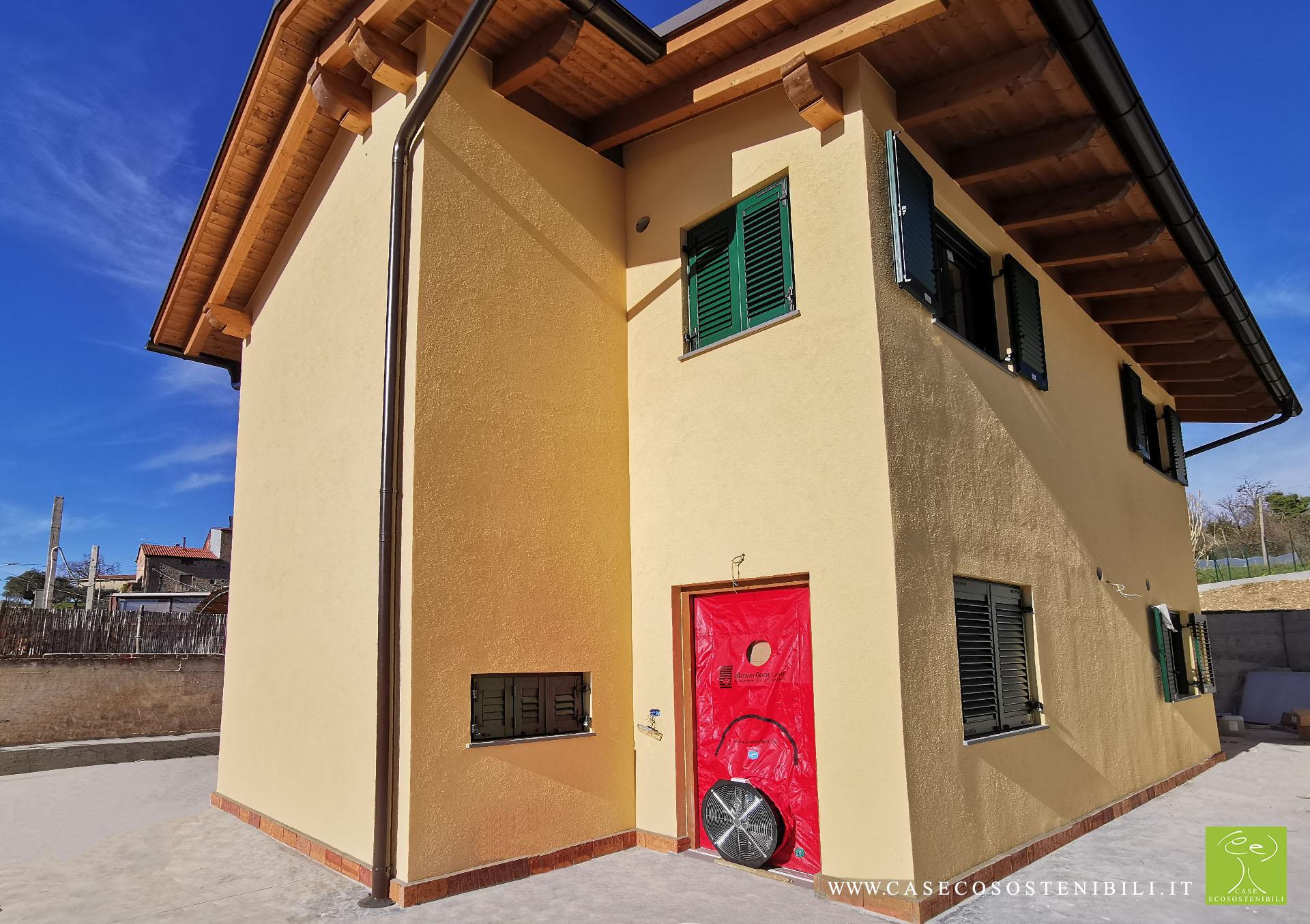 1. Blower Door - Test di Tenuta all'aria Certificazione CasaClima GOLD in Campania Salerno (Napoli Benevento Caserta Avellino)