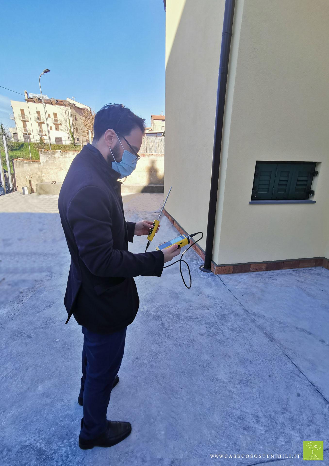 4. Rilievo esterno Blower Door - Test di Tenuta all'aria Certificazione CasaClima GOLD in Campania Provincia di Salerno